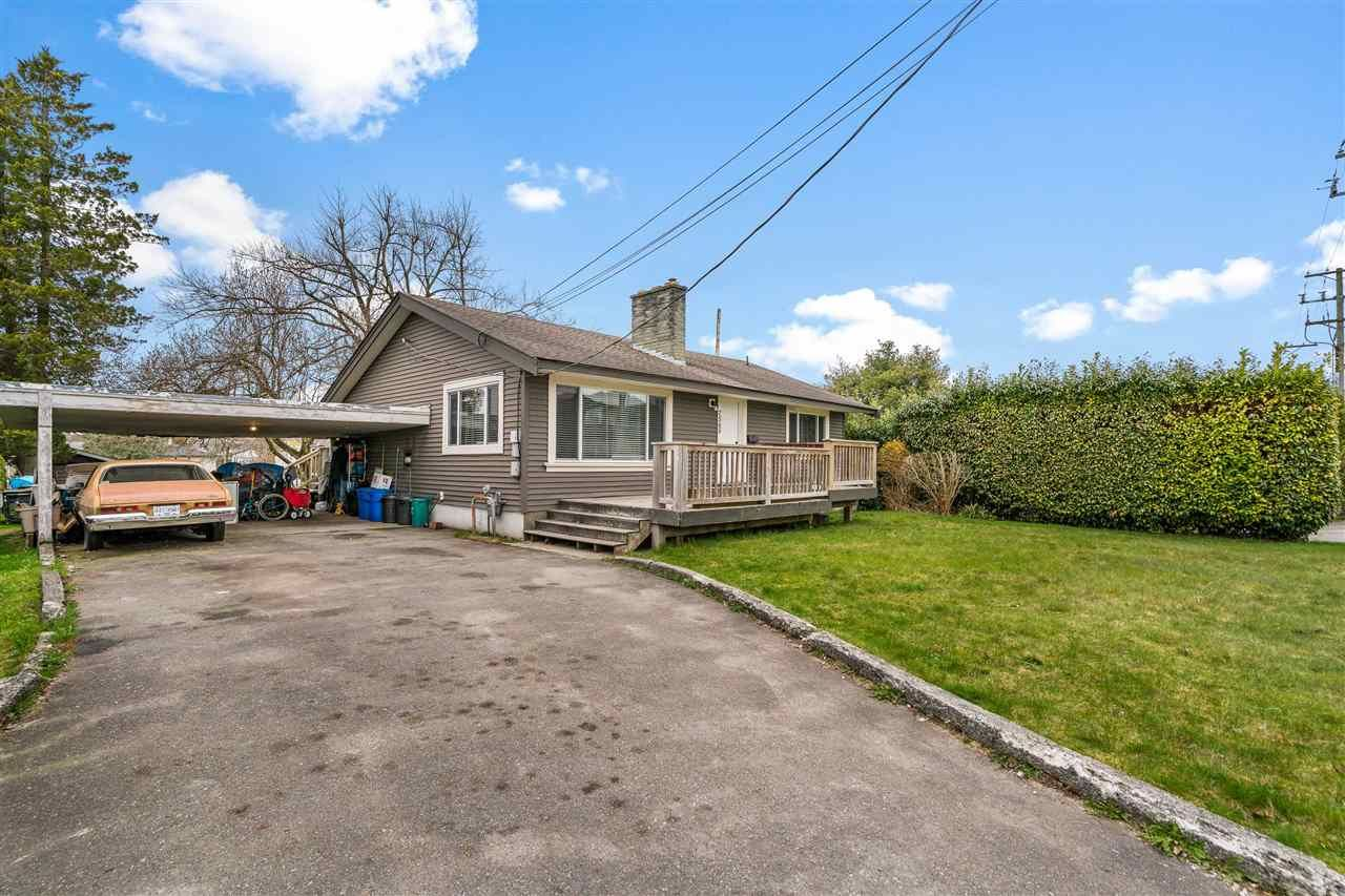 Main Photo: 7565 STAVE LAKE Street in Mission: Mission BC House for sale : MLS®# R2559038