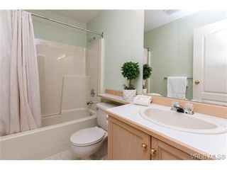 Photo 14: 301 510 Marsett Pl in VICTORIA: SW Royal Oak Row/Townhouse for sale (Saanich West)  : MLS®# 684520