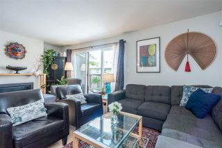 Photo 5: 6879 BROMLEY Court in Burnaby: Montecito Townhouse for sale (Burnaby North)  : MLS®# R2463043