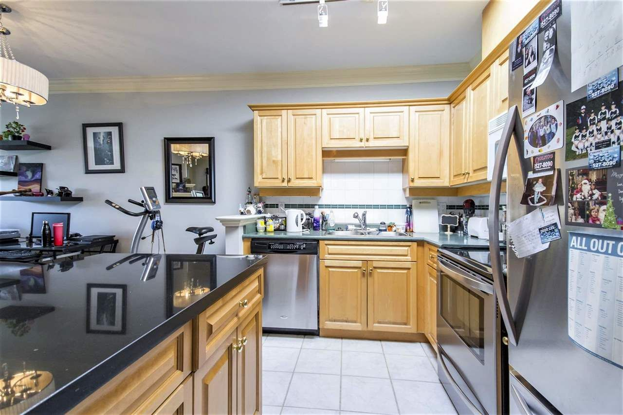 """Main Photo: 424 1185 PACIFIC Street in Coquitlam: North Coquitlam Condo for sale in """"CENTERVILLE"""" : MLS®# R2260667"""