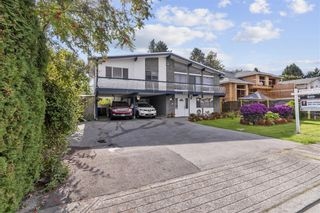 Photo 2: 6560 YEATS Crescent in Richmond: Woodwards House for sale : MLS®# R2625112