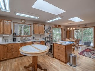 Photo 9: 2330 Rascal Lane in : PQ Nanoose House for sale (Parksville/Qualicum)  : MLS®# 870354