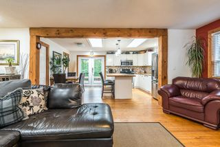 Photo 7: 1209 JUDD Road in Squamish: Brackendale 1/2 Duplex for sale : MLS®# R2224655