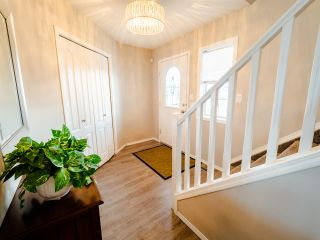 Photo 2: 66 HERITAGE Crescent: Stony Plain House for sale : MLS®# E4236241