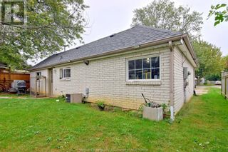 Photo 14: 19 WESTMORELAND in Leamington: House for sale : MLS®# 21019907