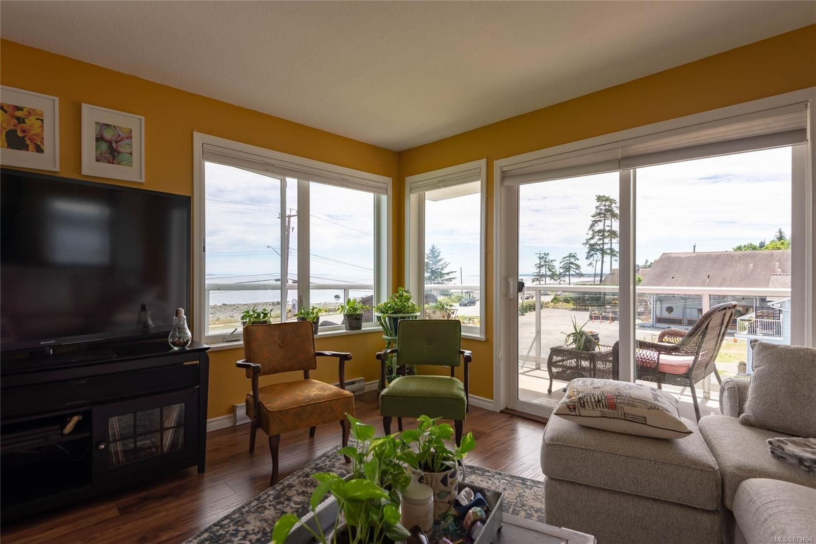 Photo 12: Photos: 219 390 S Island Hwy in : CR Campbell River West Condo for sale (Campbell River)  : MLS®# 879696