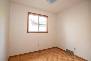Photo 13: 461 Woodlands Crescent in Winnipeg: Westwood Residential for sale (5G)  : MLS®# 202122920