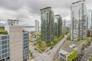 """Photo 17: 902 1415 W GEORGIA Street in Vancouver: Coal Harbour Condo for sale in """"Palais Georgia"""" (Vancouver West)  : MLS®# R2163813"""