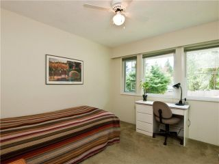 """Photo 22: 4720 RAMSAY Road in North Vancouver: Lynn Valley House for sale in """"Upper Lynn"""" : MLS®# V883000"""