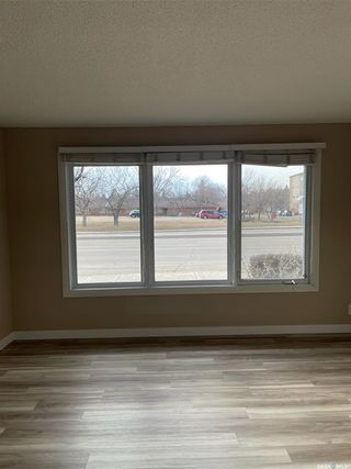 Photo 6: 103 BROAD Street in Regina: Churchill Downs Residential for sale : MLS®# SK848750