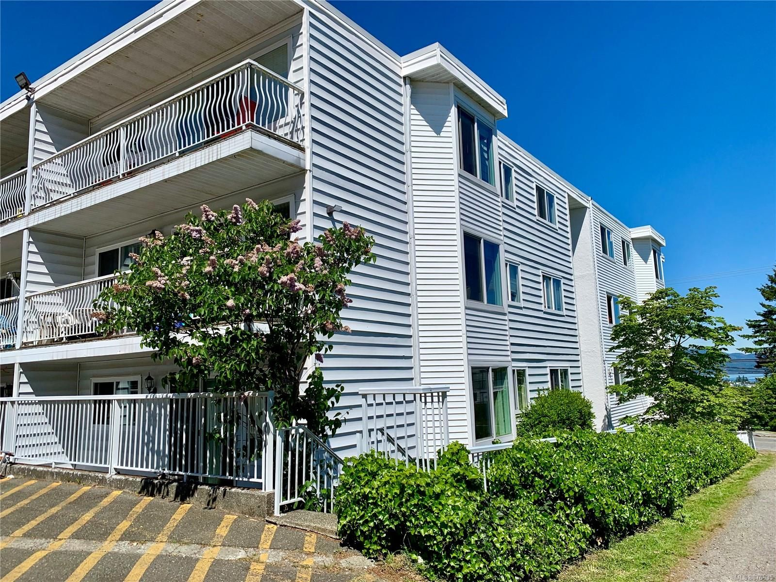 Main Photo: 103 501 9th Ave in : CR Campbell River Central Condo for sale (Campbell River)  : MLS®# 876635