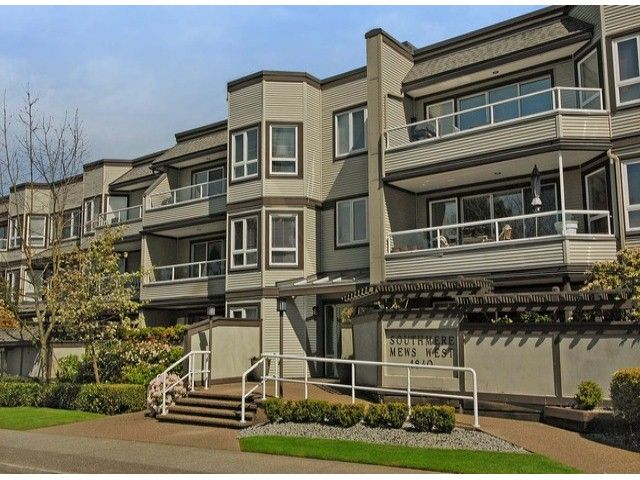 "Main Photo: 306 1840 E SOUTHMERE Crescent in Surrey: Sunnyside Park Surrey Condo for sale in ""SOUTHMERE MEWS"" (South Surrey White Rock)  : MLS®# F1308190"