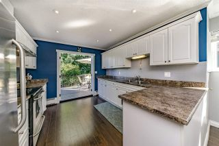 Photo 4: 12083 MCINTYRE Court in Maple Ridge: West Central House for sale : MLS®# R2336941