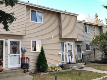 Main Photo: 153 87 BROOKWOOD Drive: Spruce Grove Townhouse for sale : MLS®# E4250790