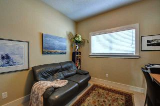 Photo 12: 400 30 Avenue NW in CALGARY: Mount Pleasant Residential Attached for sale (Calgary)  : MLS®# C3608679