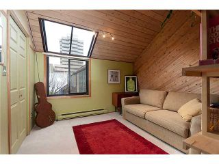 """Photo 1: 1165 W 8TH Avenue in Vancouver: Fairview VW Townhouse for sale in """"FAIRVIEW 2"""" (Vancouver West)  : MLS®# V862879"""
