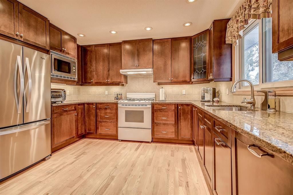 Main Photo: 3727 Underhill Place NW in Calgary: University Heights Detached for sale : MLS®# A1045664
