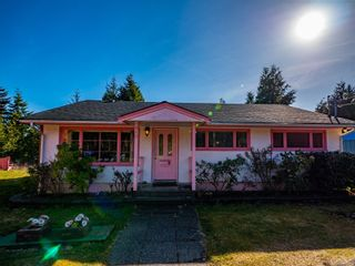 Photo 5: 212 Albion Cres in Ucluelet: PA Ucluelet House for sale (Port Alberni)  : MLS®# 872563