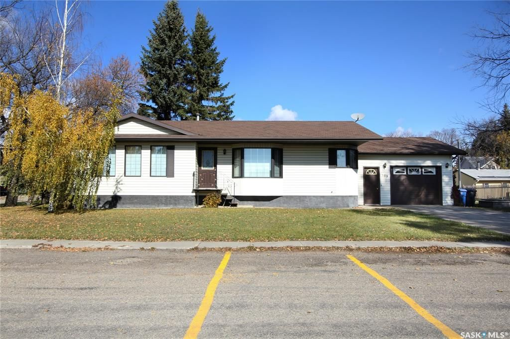 Main Photo: 309 Hall Street in Lemberg: Residential for sale : MLS®# SK856738
