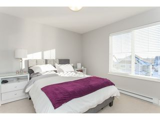 """Photo 12: 20141 68A Avenue in Langley: Willoughby Heights House for sale in """"Woodbridge"""" : MLS®# R2354583"""