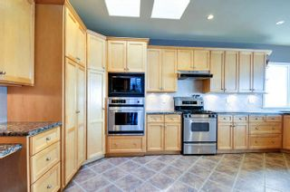 Photo 9: 15118 ROYAL Avenue: White Rock House for sale (South Surrey White Rock)  : MLS®# R2033445