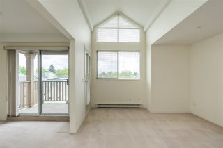 "Photo 13: 404 19131 FORD Road in Pitt Meadows: Central Meadows Condo for sale in ""WOODFORD MANOR"" : MLS®# R2372445"