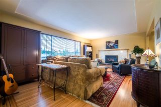 Photo 4: 1098 164 Street in Surrey: King George Corridor House for sale (South Surrey White Rock)  : MLS®# R2033134
