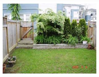 "Photo 5: 13 6539 ELGIN Avenue in Burnaby: Forest Glen BS Townhouse for sale in ""OAKWOOD"" (Burnaby South)  : MLS®# V738347"