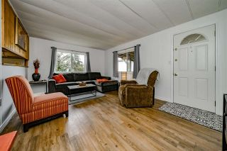 """Photo 5: 117 145 KING EDWARD Street in Coquitlam: Maillardville Manufactured Home for sale in """"MILL CREEK VILLAGE"""" : MLS®# R2408548"""