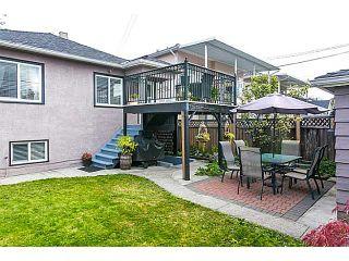 "Photo 18: 2686 VENABLES Street in Vancouver: Renfrew VE House for sale in ""RENFREW"" (Vancouver East)  : MLS®# V1083995"
