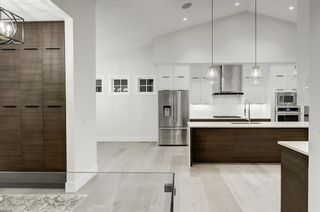 Photo 18: 5911 Lockinvar Road SW in Calgary: Lakeview Detached for sale : MLS®# A1048910