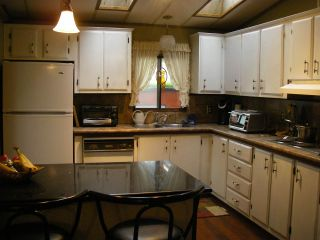 Photo 11: 10 2303 CRANLEY DRIVE in Surrey: King George Corridor Manufactured Home for sale (South Surrey White Rock)  : MLS®# R2403025