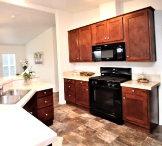 Photo 7: CARLSBAD WEST Manufactured Home for sale : 3 bedrooms : 7120 San Bartolo #2 in Carlsbad