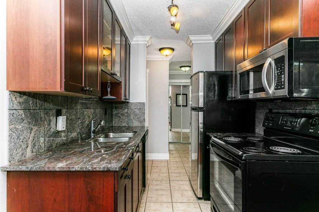 Main Photo: 103 10225 117 Street in Edmonton: Zone 12 Condo for sale : MLS®# E4227852