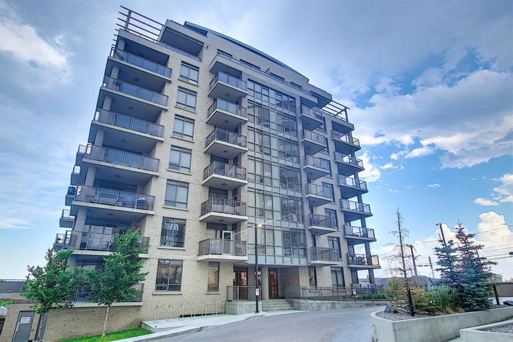 Main Photo: 205 10 Shawnee Hill SW in Calgary: Shawnee Slopes Apartment for sale : MLS®# A1126818
