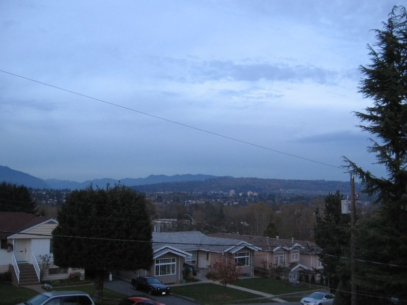 Photo 2: Photos: 5966 WOODSWORTH Street in Burnaby: Central BN 1/2 Duplex for sale (Burnaby North)  : MLS®# V619949