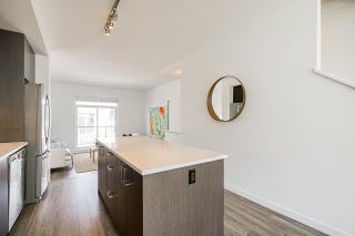 """Photo 17: 69 16678 25 Avenue in White Rock: Grandview Surrey Townhouse for sale in """"FREESTYLE by Dawson +Sawyer"""" (South Surrey White Rock)  : MLS®# R2598061"""