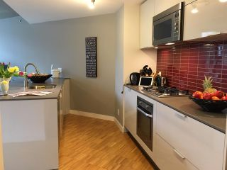 "Photo 8: 907 128 W CORDOVA Street in Vancouver: Downtown VW Condo for sale in ""Woodwards W43"" (Vancouver West)  : MLS®# R2247630"