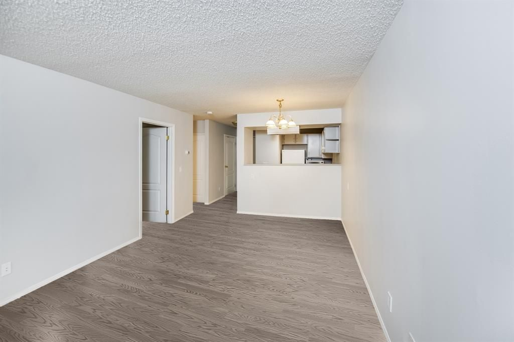 Main Photo: 215 2204 1 Street SW in Calgary: Mission Apartment for sale : MLS®# A1092168