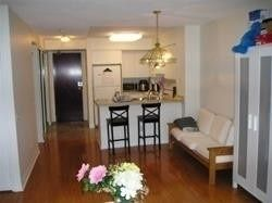 Photo 9: 1811 750 Bay Street in Toronto: Bay Street Corridor Condo for lease (Toronto C01)  : MLS®# C5301954