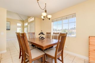 Photo 6: CHULA VISTA House for sale : 4 bedrooms : 1296 Marbella Ct