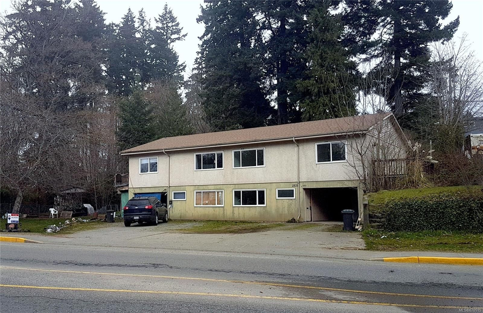 Main Photo: 2525 3rd Ave in : PA Port Alberni Full Duplex for sale (Port Alberni)  : MLS®# 870515