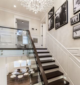 "Photo 9: 1582 W 58 Avenue in Vancouver: South Granville House for sale in ""South Granville"" (Vancouver West)  : MLS®# R2237562"