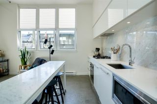 """Photo 5: 203 150 E CORDOVA Street in Vancouver: Downtown VE Condo for sale in """"IN GASTOWN"""" (Vancouver East)  : MLS®# R2572782"""