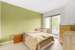 """Photo 5: 502 6837 STATION HILL Drive in Burnaby: South Slope Condo for sale in """"CLARIDGES"""" (Burnaby South)  : MLS®# R2195243"""