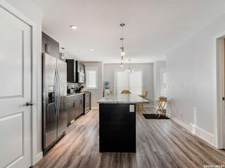 Photo 5: 211 Rajput Way in Saskatoon: Evergreen Residential for sale : MLS®# SK845747