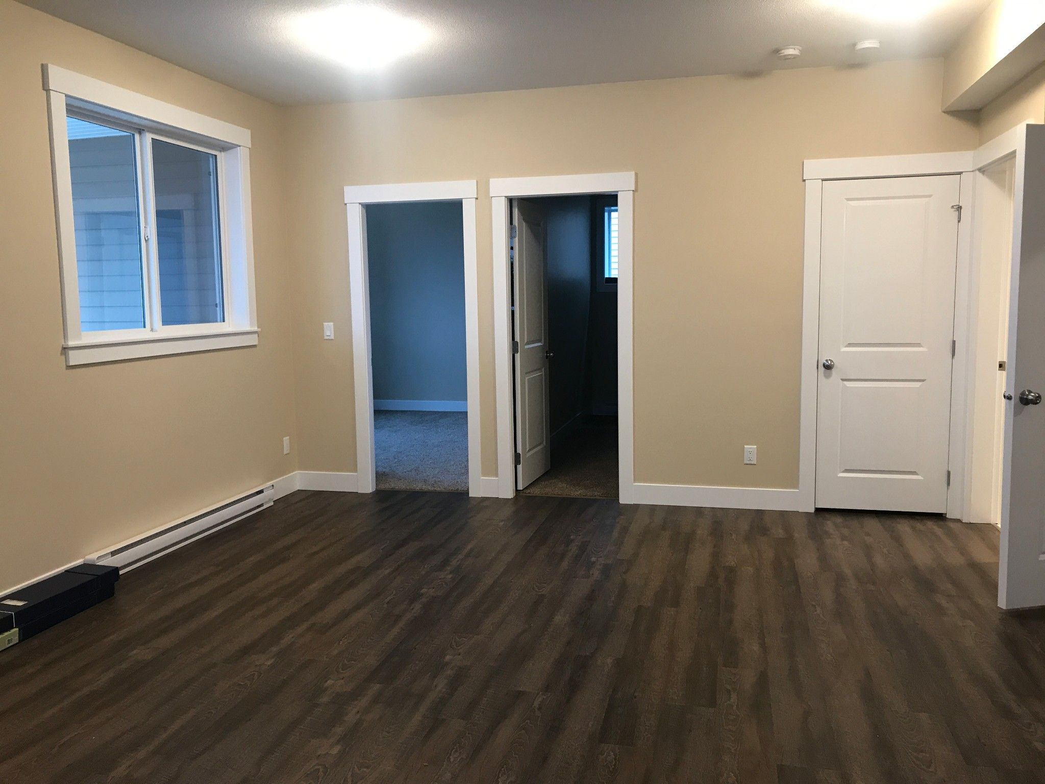 Photo 2: Photos: BSMT 51045 Zander Place in Chilliwack: Condo for rent