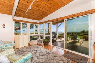 Photo 6: PACIFIC BEACH House for sale : 3 bedrooms : 5022 Pacifica Dr in San Diego