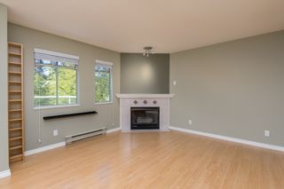"""Photo 7: 415 6735 STATION HILL Court in Burnaby: South Slope Condo for sale in """"COURTYARDS"""" (Burnaby South)  : MLS®# R2450864"""