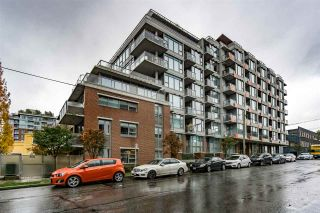 """Photo 1: 705 250 E 6TH Avenue in Vancouver: Mount Pleasant VE Condo for sale in """"THE DISTRICT"""" (Vancouver East)  : MLS®# R2118672"""